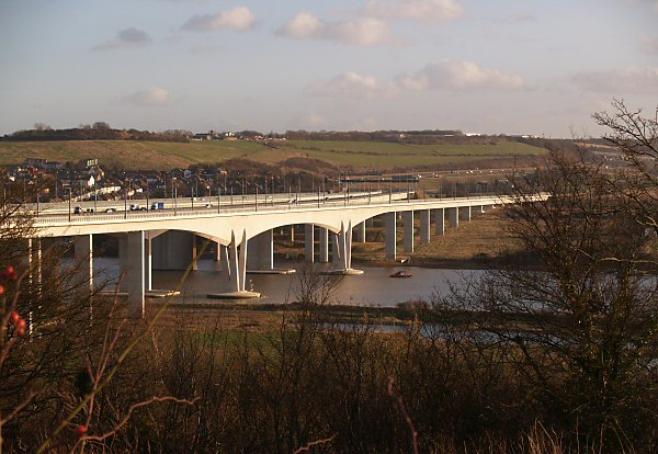 Ctrl bridge over river Medway.