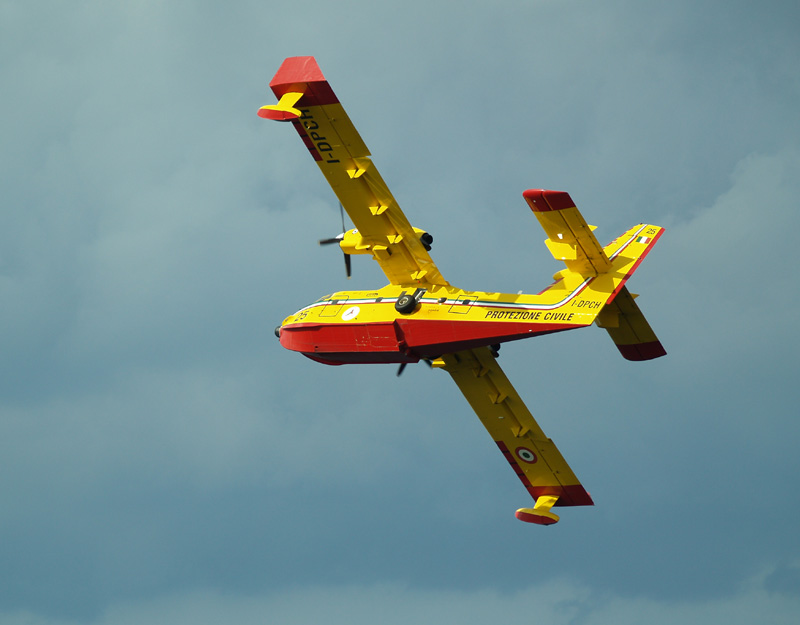 Canadair CL-415 Water bomber