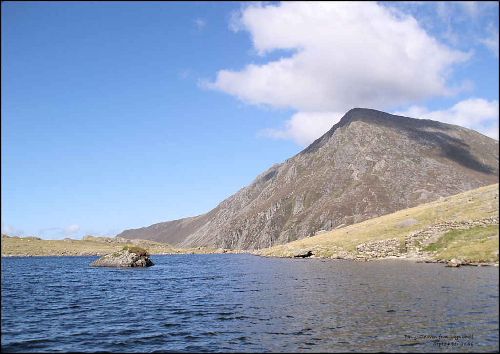 Pen y Ole Wen, from Llyn Idwal