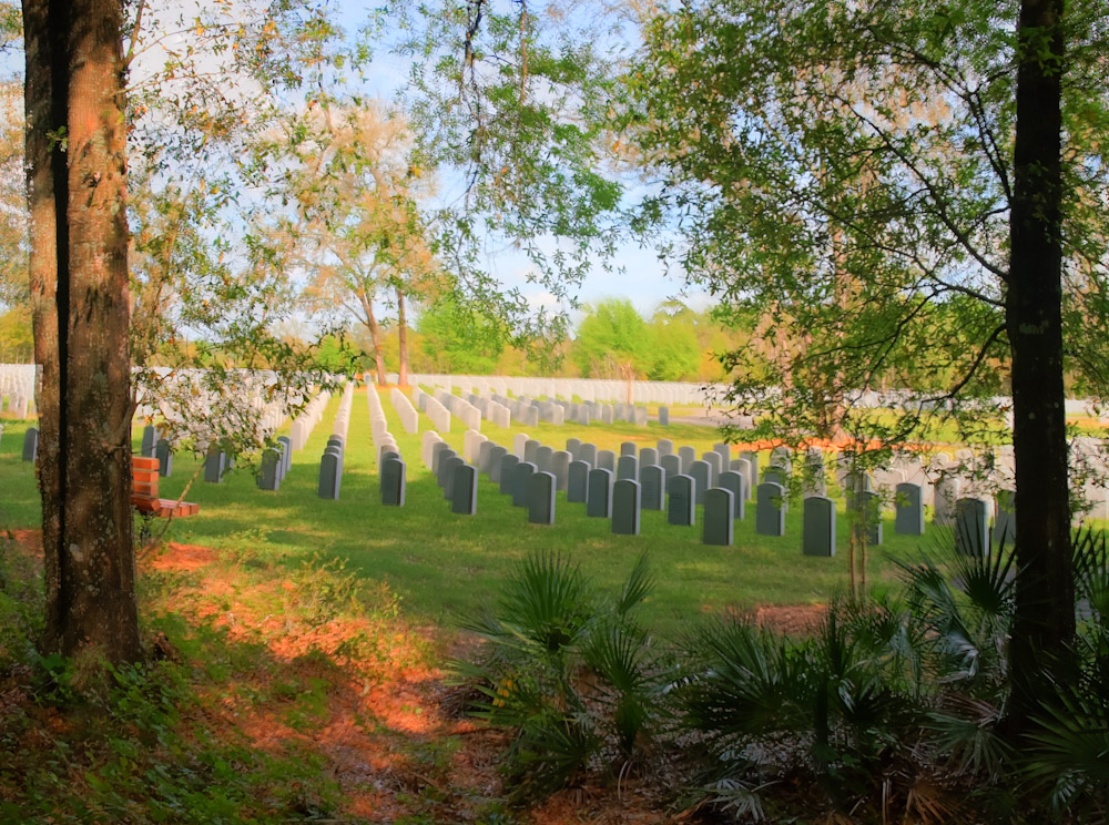 HDR --Fla National Cemetery